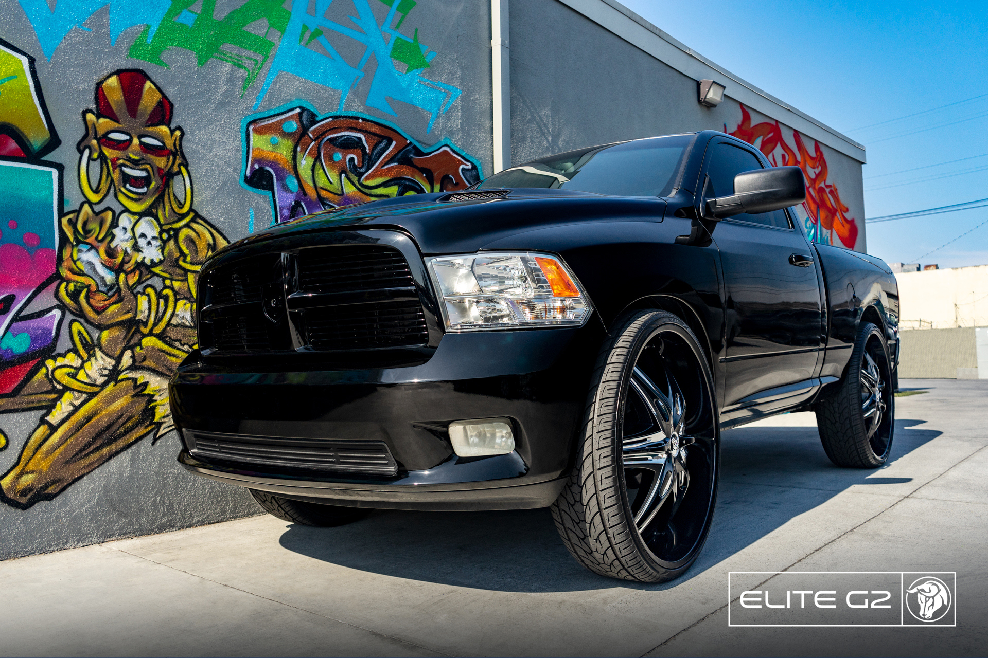 Elite G2 32″ RAM 1500 Diablo Wheels