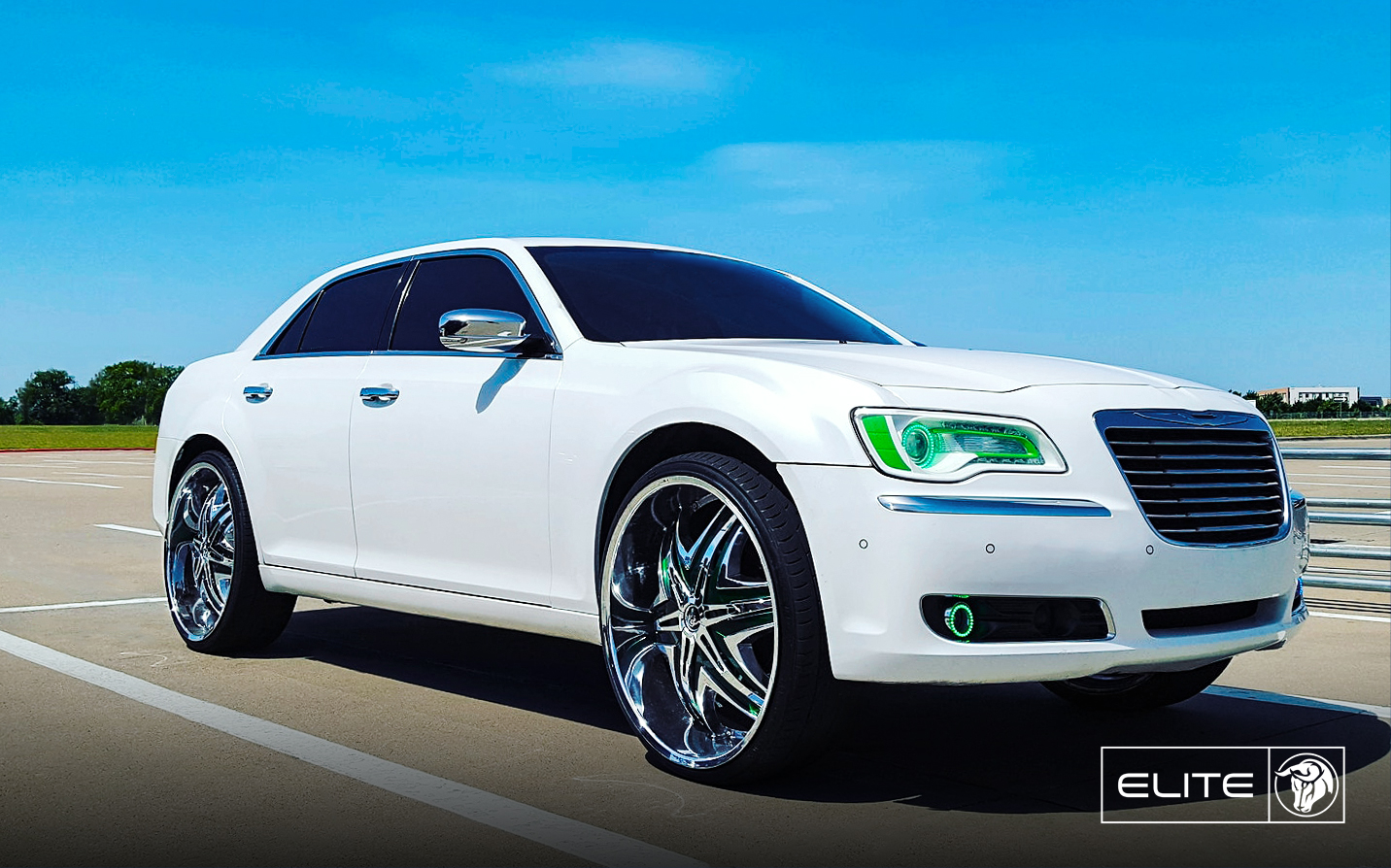 Elite Diablo Wheels Chrysler 300C White Green