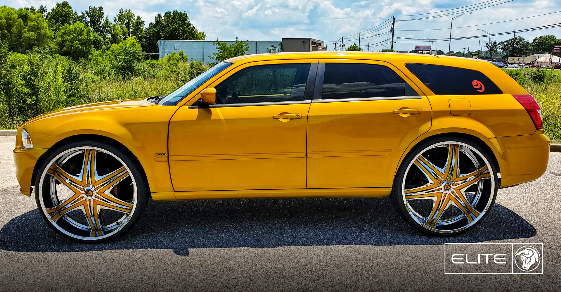 Elite Dodge Magnum Yellow