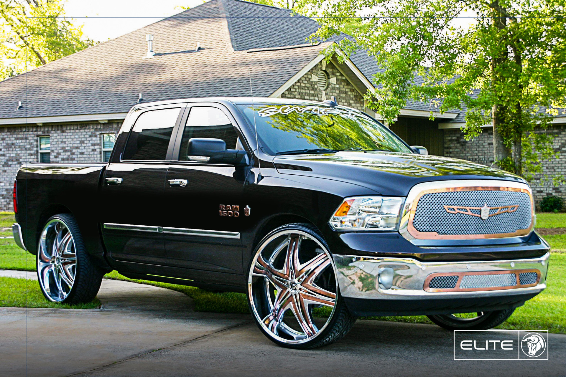 Diablo Wheels - Elite on a RAM 1500 Rose Gold
