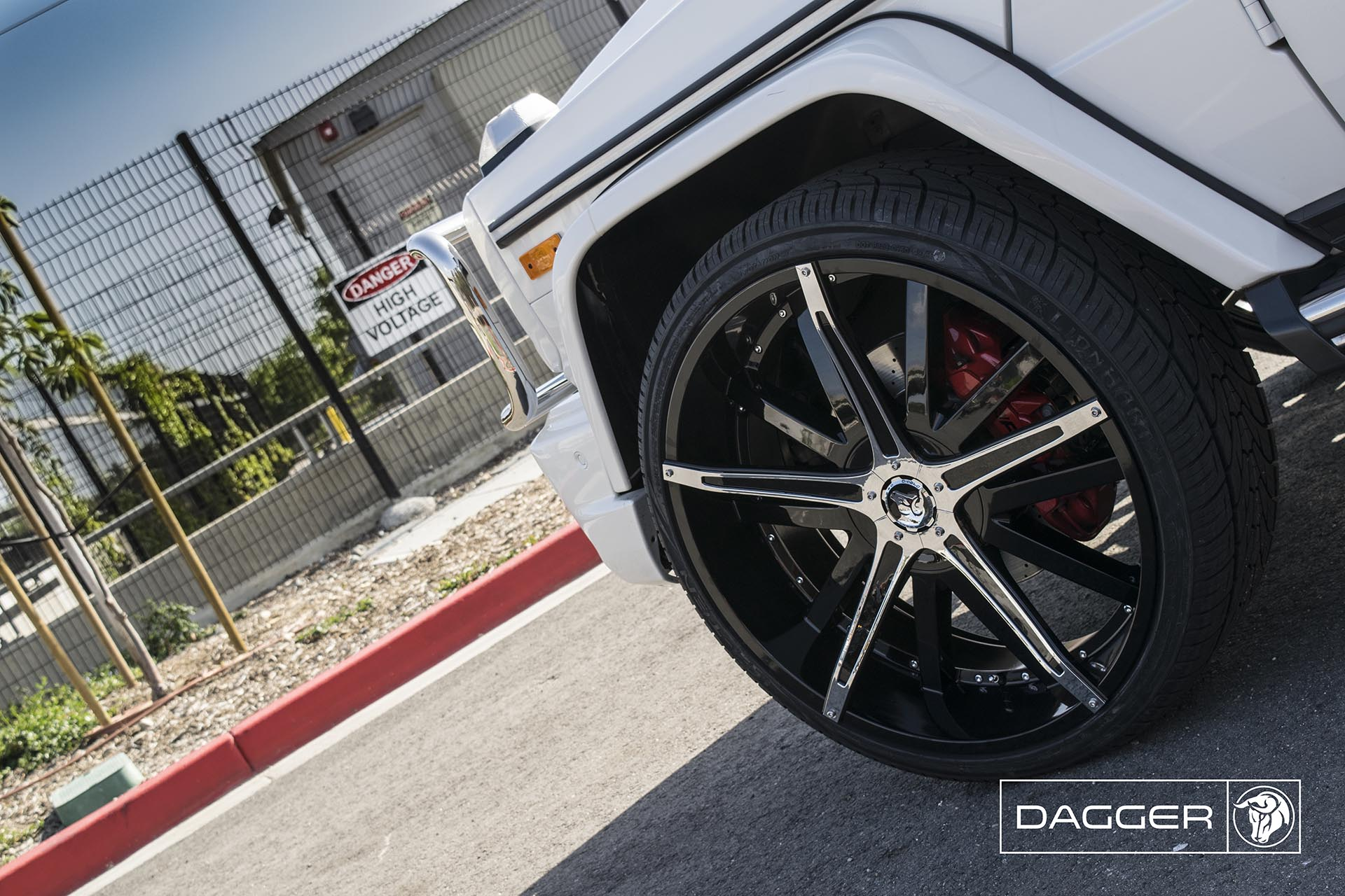 Black Diablo Dagger Wheels on a Mercedes G-Wagon G63 AMG