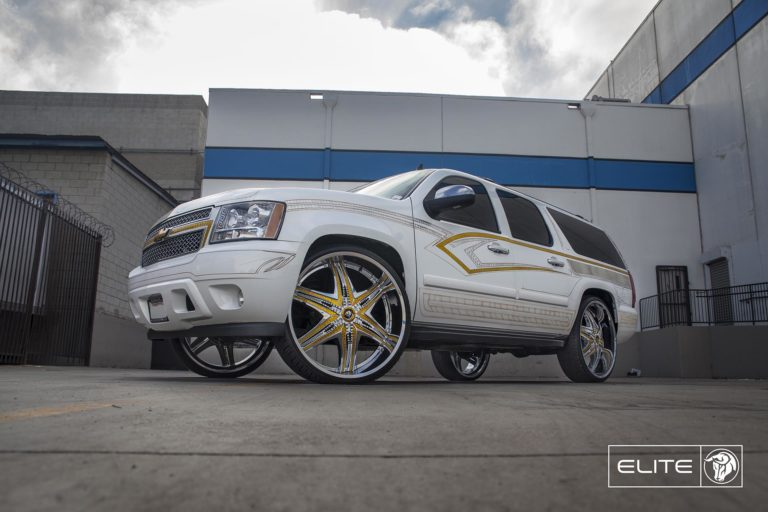 Chrome Diablo Elite Wheels on a Chevy Tahoe