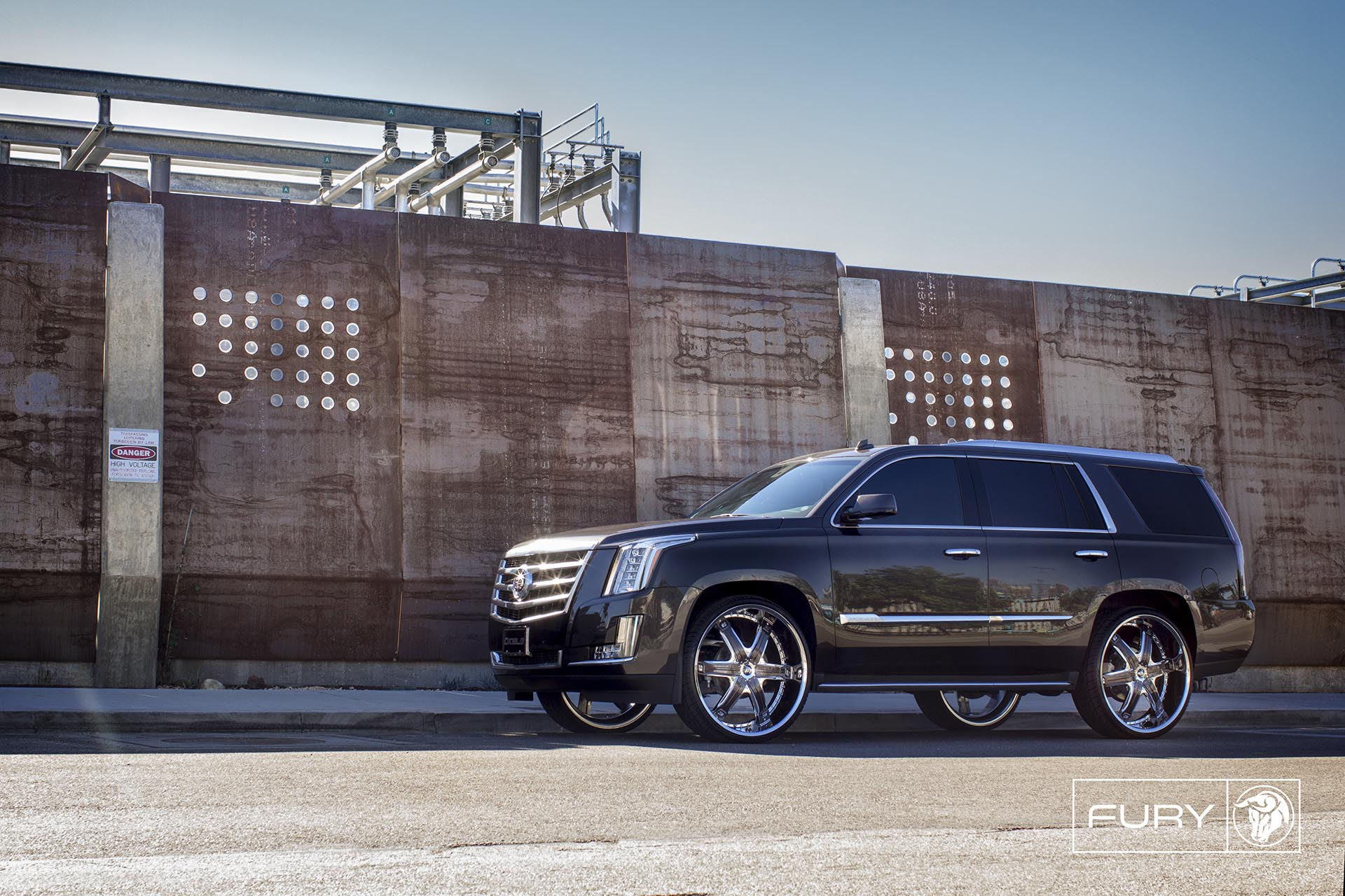 Chrome Diablo Fury Wheels on a Cadillac Escalade